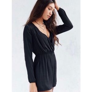 ALICE & UO DEMY LONG SLEEVE BLACK SATIN ROMPER